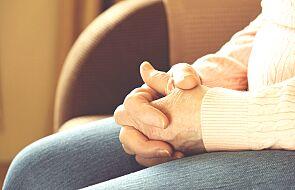 Wiara religijna jest ważna aż dla 75% seniorów. GUS opublikował statystyki