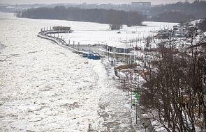 Wojewoda: sytuacja na Wiśle pod Płockiem nie wskazuje na razie na potrzebę użycia lodołamaczy