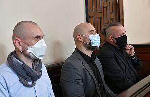 Oskarżony w sądzie: pomnik ks. Jankowskiego nigdy nie powinien stanąć