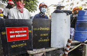 Mjanma: zakonnica powstrzymała policję przed atakiem na demonstrantów