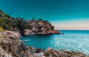 Hiszpania chce od maja wprowadzić koronapaszporty i liczy na powrót turystów