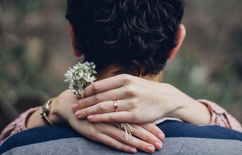 Czy małżeństwo odbiera nam wolność?