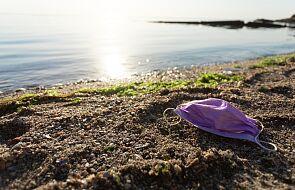Miliony ton odpadów medycznych jest wyrzucanych do morza z powodu pandemii