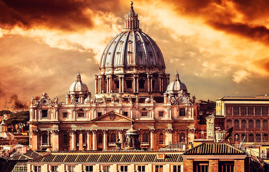 Watykan: Kościół nie może błogosławić związków osób tej samej płci