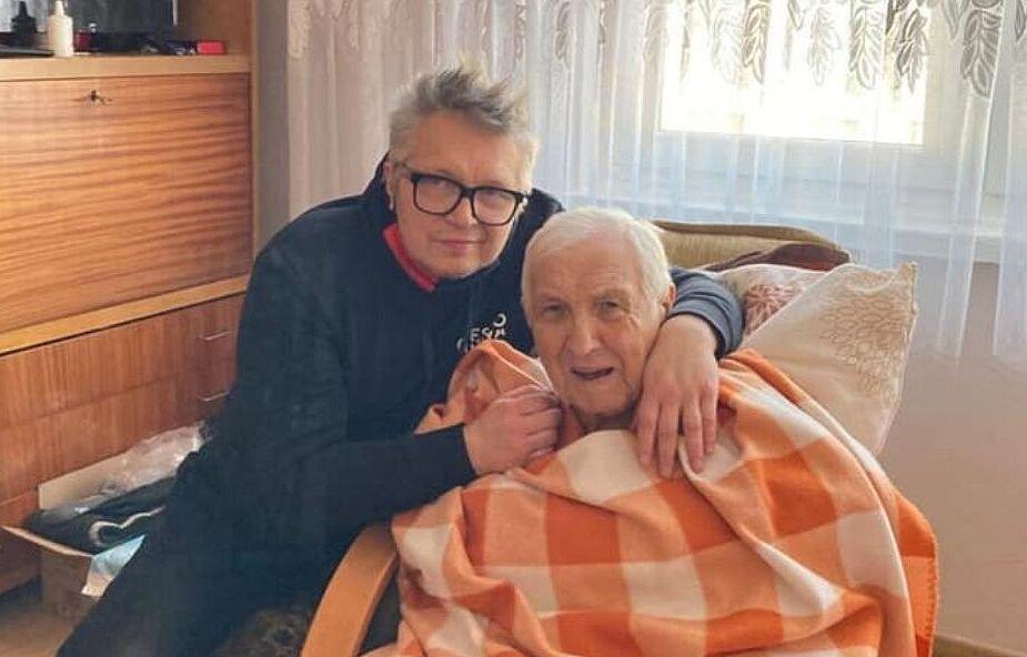 """Muniek Staszczyk apeluje o modlitwę. """"Mój 86-letni Tata przeżył cudem koronawirusa"""""""