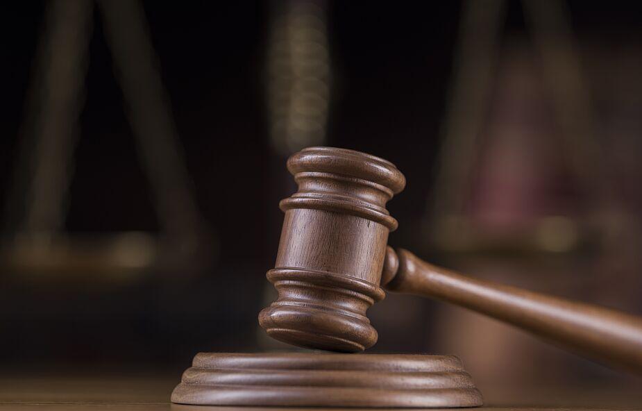 TVN24: 15 lat więzienia dla księdza. Wyrok za pedofilię i przywłaszczenie pieniędzy