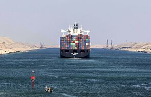 Kanał Sueski zablokowany przez ogromny kontenerowiec