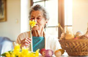 Ufunduj wielkanocny koszyczek samotnym seniorom