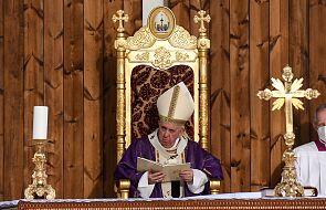 Papież na Mszy: Jezus uwalnia nas od wiary, która dzieli i wyklucza