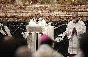 Franciszek do kapłanów: głoszenie Ewangelii jest związane z prześladowaniem i krzyżem