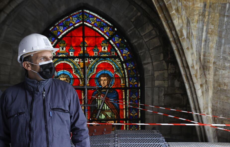 W drugą rocznicę pożaru prezydent Francji odwiedził katedrę Notre-Dame