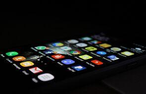 Oszuści wysyłają SMS i chcą ukraść twoje pieniądze. Nie otwieraj takiej wiadomości