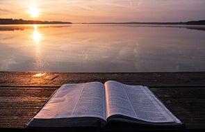 Jak redaktorzy i blogerzy DEON.pl czytają Pismo Święte?