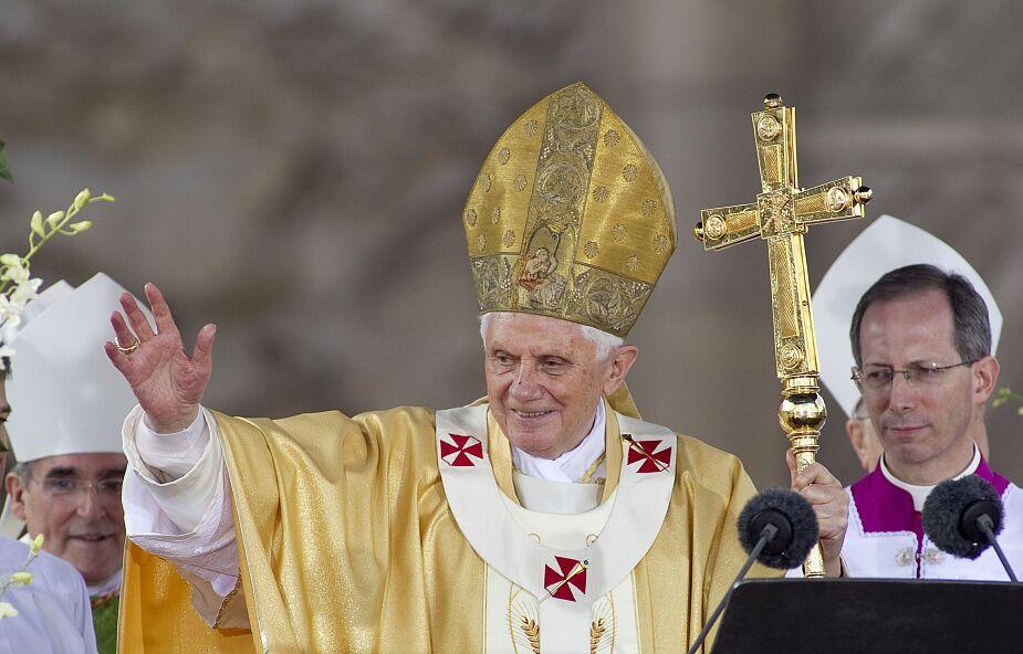 Papież senior Benedykt XVI kończy dziś 94 lata