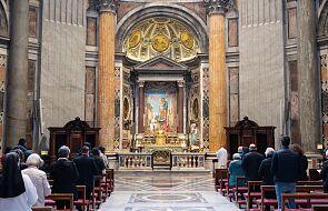 Wracają transmisje różańca z Bazyliki Watykańskiej