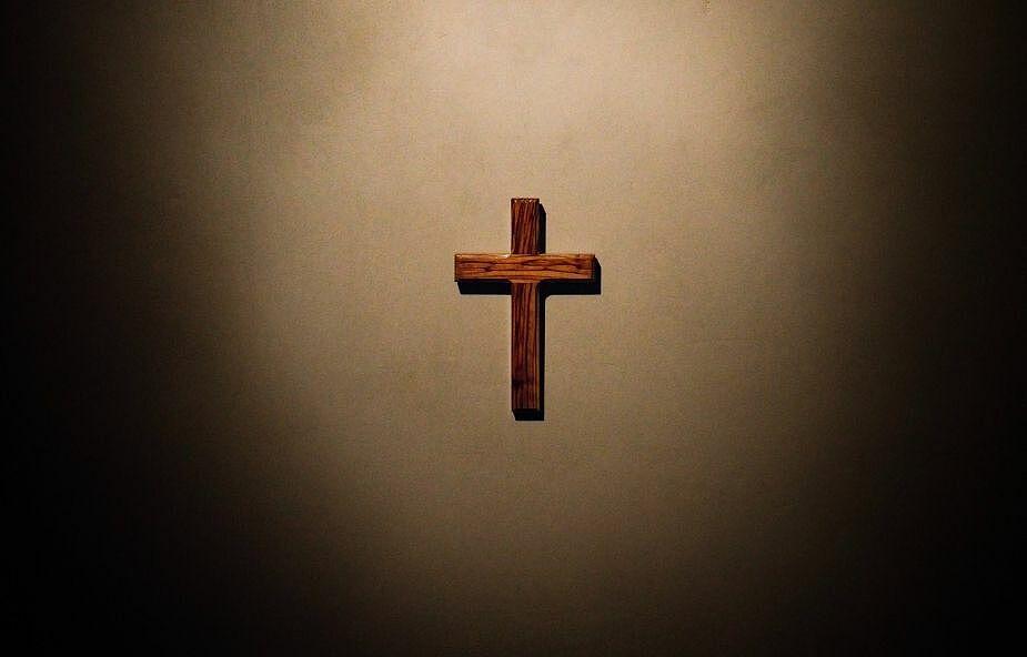 Idę z Tobą w cieniu Twojego krzyża wraz z moim