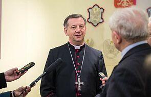 """Biskup polowy apeluje do służb mundurowych: """"Szczepimy się!"""""""