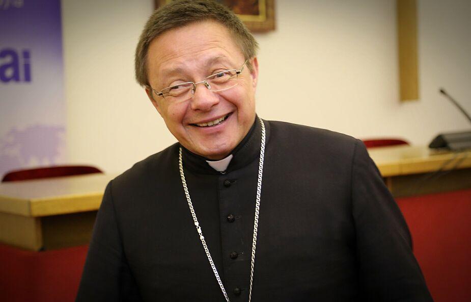 Abp Ryś: Bóg działa przez ludzi, którzy są w Kościele