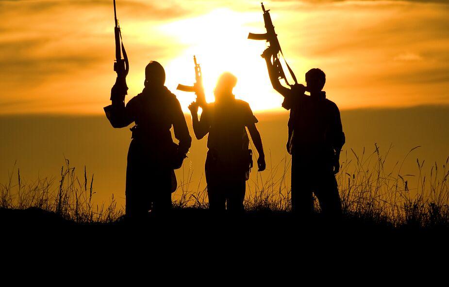 Bp Dabiré: terroryści chcą islamizacji całej Afryki