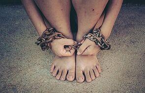 Znikający młodociani migranci - niewolnicy w Europie