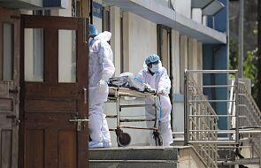 Gwałtownie rośnie liczba zakażonych koronawirusem. Bardzo trudna sytuacja w Indiach