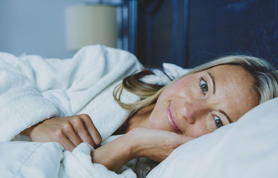 Twój mózg potrzebuje snu. Oto cztery rady, które pomogą ci zasnąć