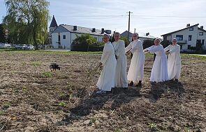 Dominikanki z Broniszewic wspominają, jak zebrały na Dom Chłopaków