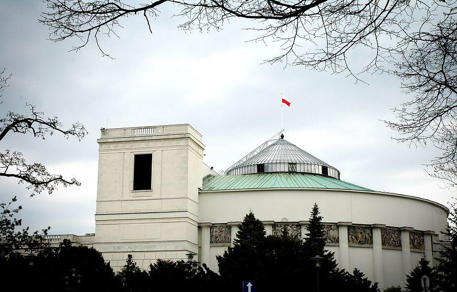 4 maja dodatkowe posiedzenie Sejmu ws. ratyfikacji decyzji o Funduszu Odbudowy