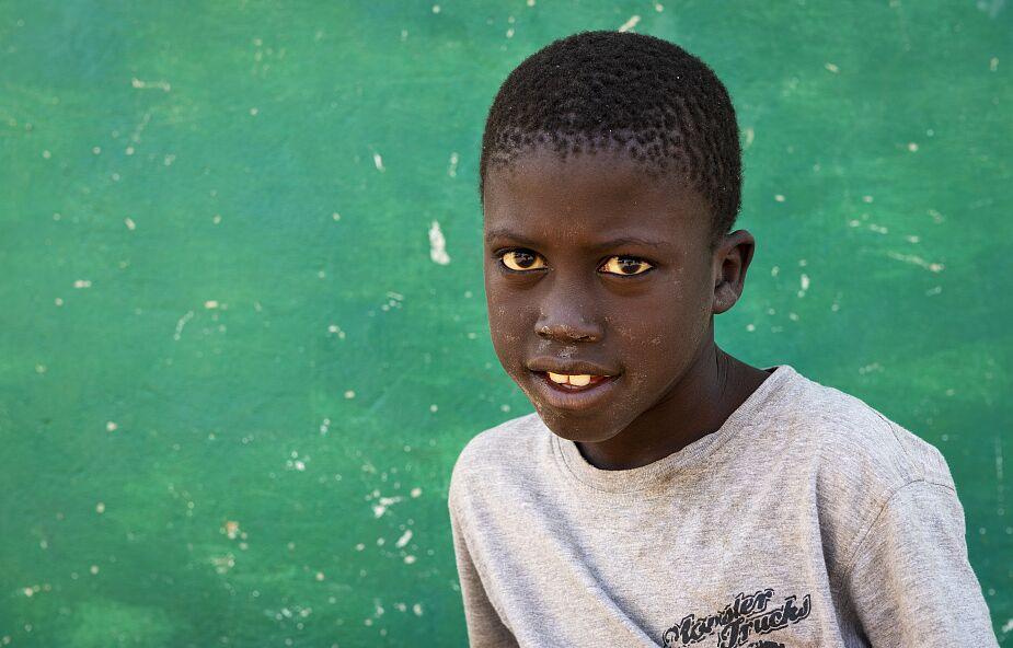 """Aż 394 milionów dzieci nie potrafi czytać. """"Świat traci swój potencjał"""""""