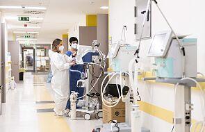 MZ: 8245 nowych przypadków zakażenia koronawirusem, zmarło 60 osób