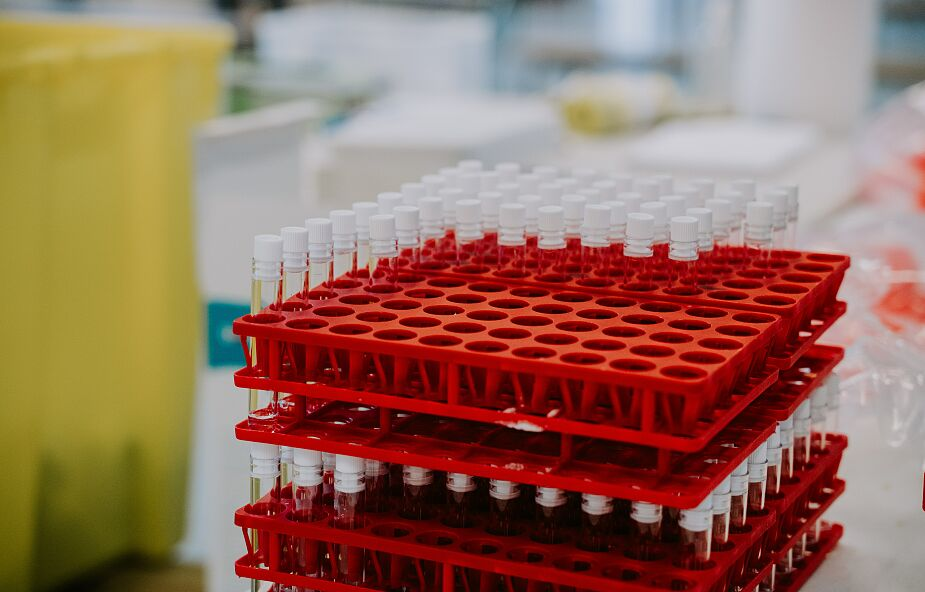 Szczepionki Pfizera i Moderny pod lupą naukowców