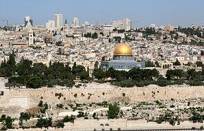 """Liturgia """"Świętego Ognia"""" w Jerozolimie odbyła się ponownie z udziałem wiernych"""