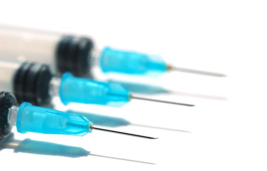 Słowacja wstrzymuje szczepienia preparatem AstraZeneca