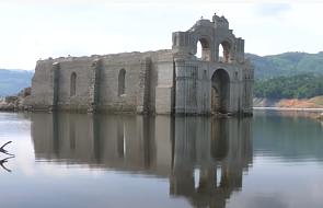 W Meksyku spod wody wyłonił się kościół