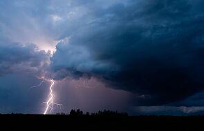 Możliwe burze z gradem. IMGW ostrzega centrum i południowy-zachód Polski