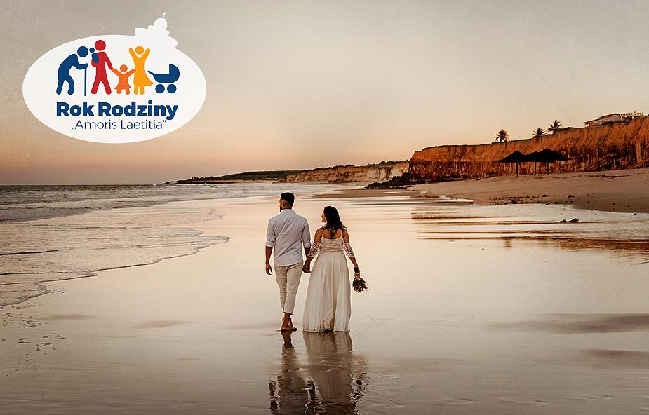 Toruń: fundują randki wielodzietnym małżeństwom. A dzieciom zapewniają opiekę