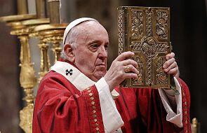 Franciszek: jeśli Kościół dzieli się na prawicę i lewicę, zapomina o Bogu