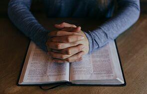 """Jak inaczej spojrzeć na modlitwę """"Ojcze nasz""""? Spotkanie ON-LINE"""