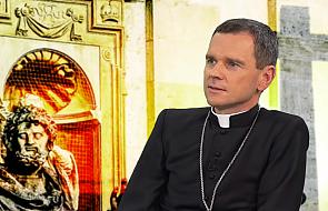 """Dziś już nie można być """"anonimowym katolikiem"""""""