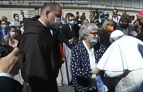 Piękny gest papieża. Ucałował numer obozowy wytatuowany na ręce więźniarki [ZOBACZ FILM]