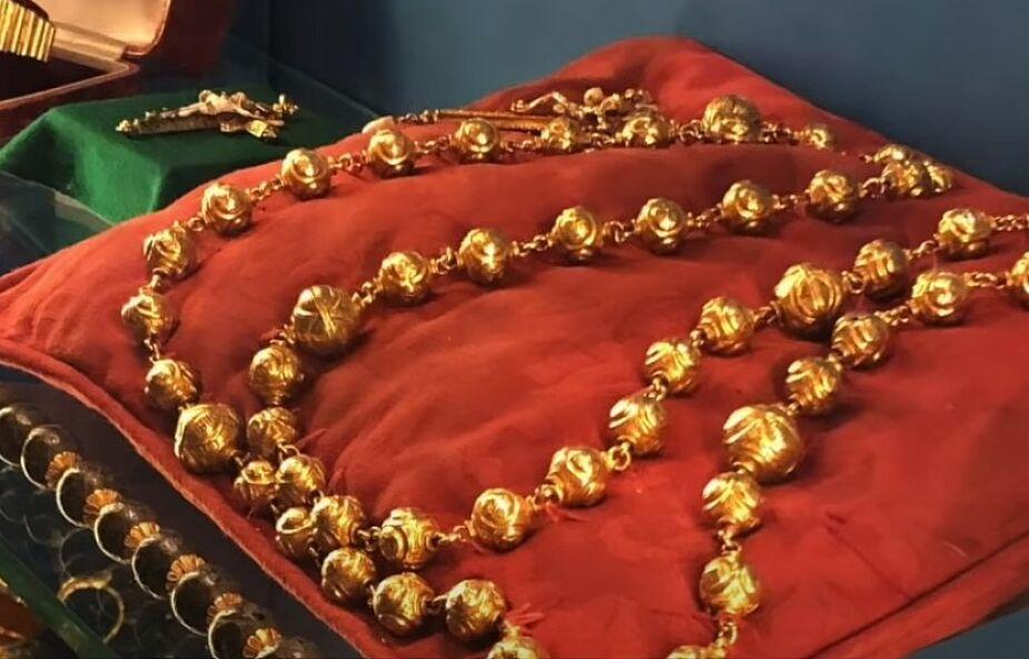 Skradziono różaniec królowej Szkotów Marii I Stuart