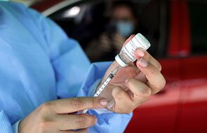 Naukowcy twierdzą, że znaleźli przyczynę rzadkich zakrzepów krwi po szczepionkach przeciw Covid-19