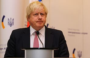 Boris Johnson chciał sobie wstrzyknąć koronawirusa na wizji