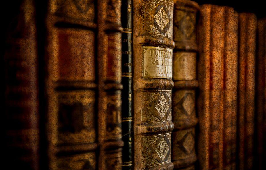 """William """"Bill"""" Shakespeare, pierwszy Brytyjczyk zaszczepiony preparatem Pfizera pomylony ze słynnym pisarzem"""