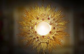 Jak głębiej przeżywać Eucharystię? Oto pięć prostych pomysłów