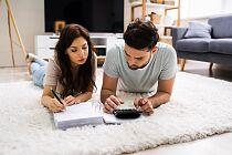 Jak nie kłócić się o pieniądze w małżeństwie? Poznaj osiem pomocnych rad