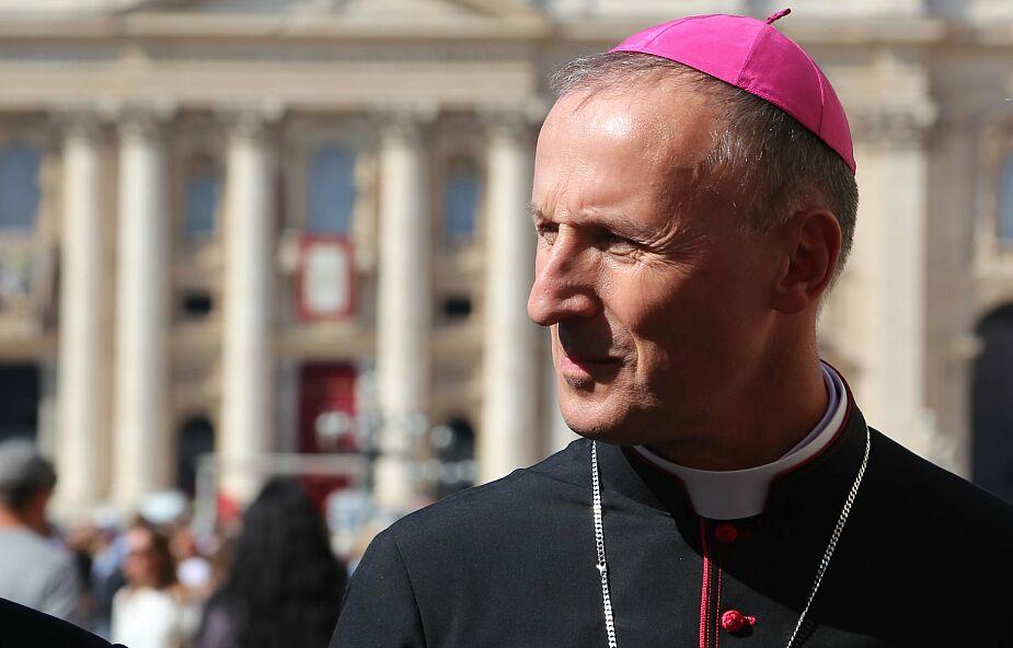 Bp Solarczyk zaapelował do kapłanów po pożarze parafii w Majdowie