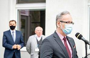 Szczepienia nastolatków i ozdrowieńców? Minister zdrowia zabrał głos