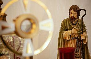 Orędownictwo św. Józefa jest potrzebne Kościołowi? Bp Chudzio komentuje