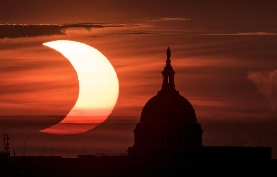 Spektakularne zaćmienie Słońca na zdjęciach [GALERIA]